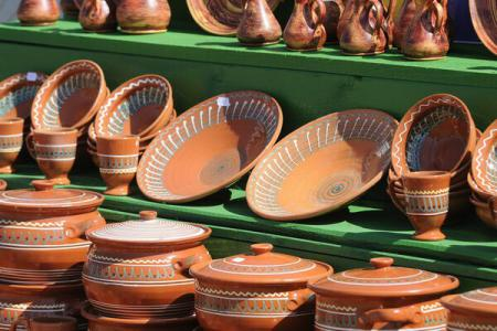 DESTINATION: ROMANIA/Sisesti pottery (Mehedinti), a brand that has conquered the world