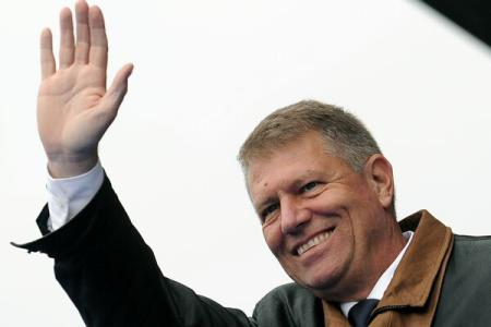 Iohannis:Let's remember the winter of 1989, let's put together images, testimonies of what communism fall meant
