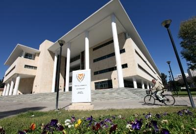 Public debt estimated at 18.9 bln by end of 2014