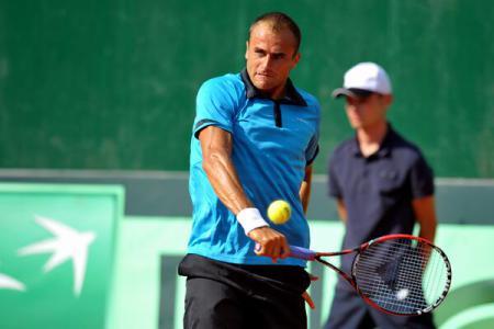 Tennis: Marius Copil qualifies for second round of Australian Open