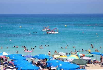 Number of tourists from various countries records increase by end of August