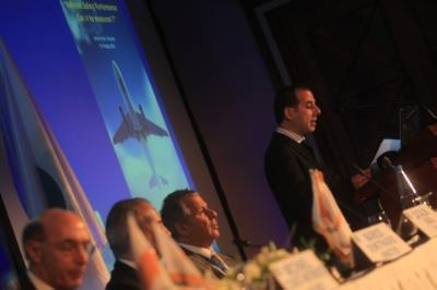 Communications Minister discusses shipping and aviation in Dublin