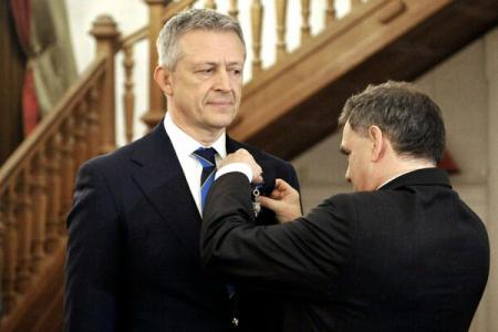 Octavian Morariu receives the French National Order of Merit in rank of Knight