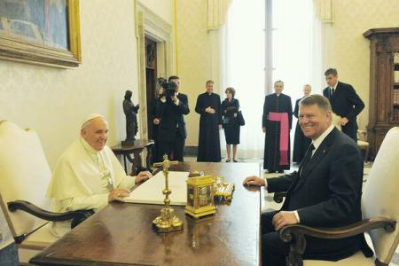 Pope Francis accepts President Iohannis's invitation to visit Romania at a date to be subsequently agreed upon