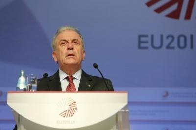 EU Commissioner Avramopoulos to address Cyprus House on immigration