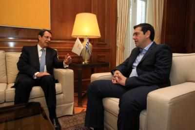 President holds telephone conversation with Greek Premier