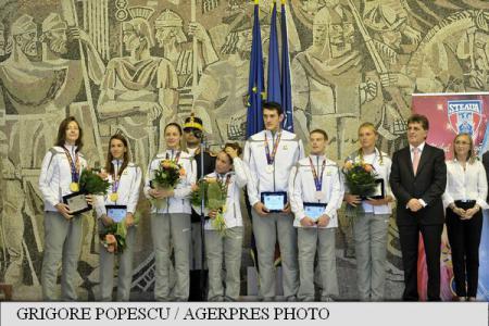DefMin Dusa congratulates Steaua athletes on winning medals at Baku 2015 European Games
