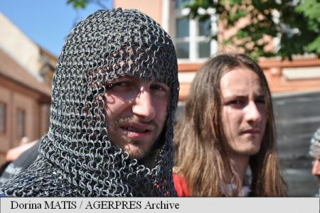 23rd edition of Sighisoara Medieval Festival ushers in record-challenging stunts