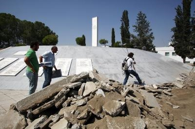 Memorial service marks the start of work to locate remains of Greek airmen