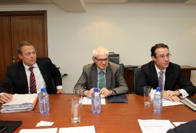 Heads of Troika start substantial review of Cyprus' adjustment program