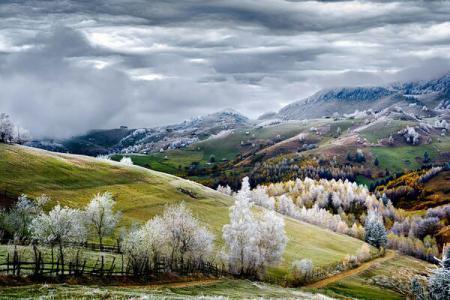 Romanian photographer Eduard Gutescu wins merit prize at National Geographic Traveler Photo Contest 2015