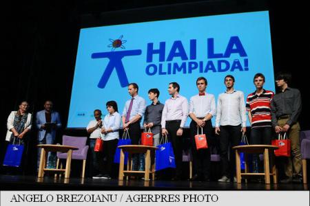 Prizes presented to Romania's 15 students of medal-winning Olympiad teams