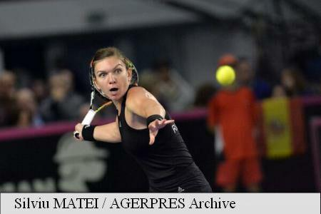 Romania's Halep advances to round of 16 at Western and Southern Open 2015 in Cincinnati