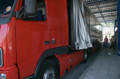 Road transports drop in 1st quarter 2015