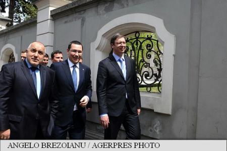 Prime ministers Ponta, Vucic discuss Romania-Serbia relations, migration issues