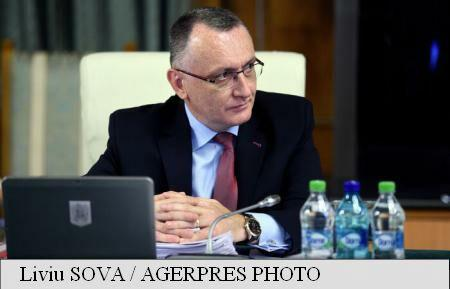 EduMin Cimpeanu issues order to curtail time for pre-university education equivalence