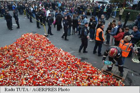 Some 10,000 people march in tribute to Bucharest fire victims