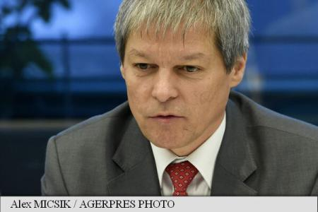 Dacian Ciolos: Europe, in difficulty because of migration, but solution can be found through dialogue