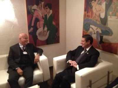 """Cyprus' EEZ receives """"confidence vote"""" by ENI, at Davos meeting with President Anastasiades"""
