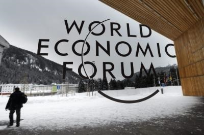 President of Cyprus continues his contacts in Davos