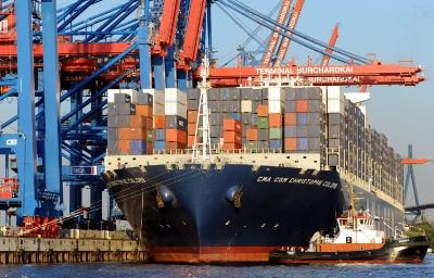 Foreign trade deficit reduced by €353 mln between January-November 2015