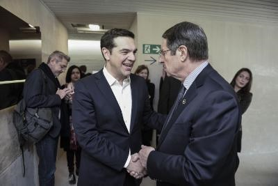 Tsipras-Anastasiades meeting in Davos focuses on the Cyprus issue