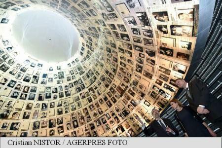 President Iohannis visits Yad Vashem Holocaust memorial
