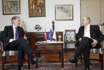 Cyprus FM to brief UK and New Zealand counterparts on UN-led peace talks