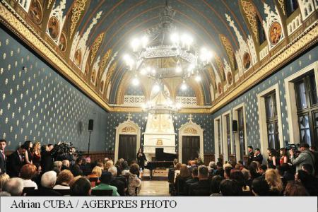PM Ciolos participates in re-opening of Iasi Palace of Culture