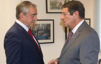 Anastasiades and Akinci have a first exchange of views on territory criteria in a good climate