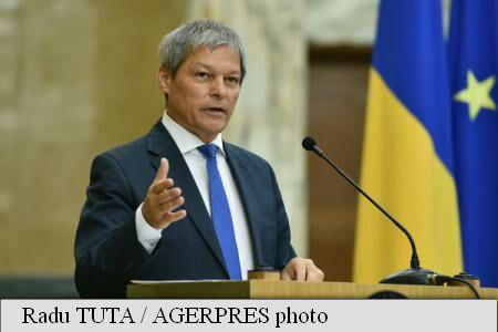 PM Ciolos: Government emergency ordinace this week for more polling stations abroad