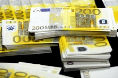 €13.1 bn surplus in EU28 current account of the balance