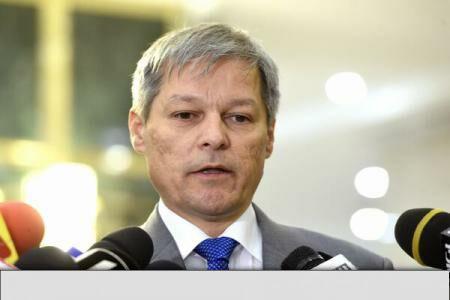 PM Ciolos launches platform for corruption-free, poverty-free Romania