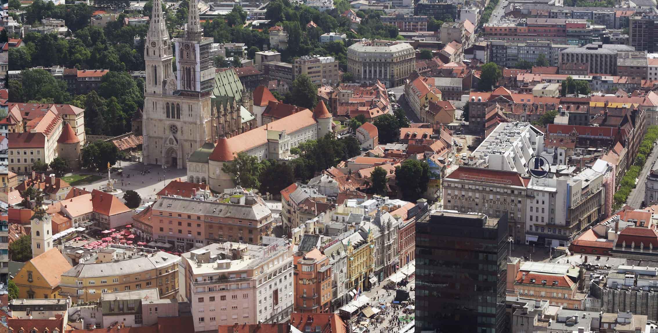 8- Zagreb Panorama / (Zagreb) / Damir Senčar